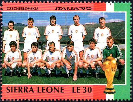 Slovaciká - Sierra Leone - MS vo futbale 1990 - Ľubomír Moravčík, Milan Luhový